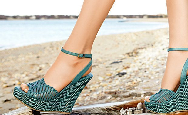 10 hot shoes for Spring 2012