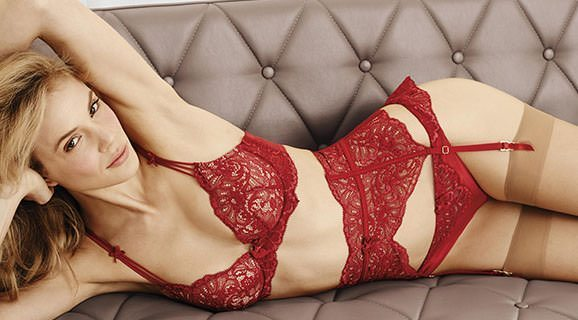 red lingerie valentines day