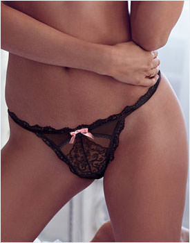 VS-Embroidered-V-String-Panty