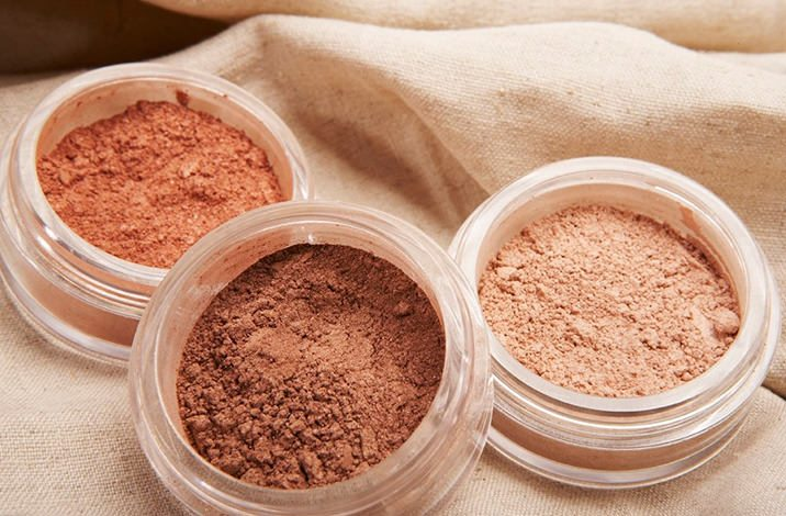 5 harmful chemicals to avoid in cosmetics