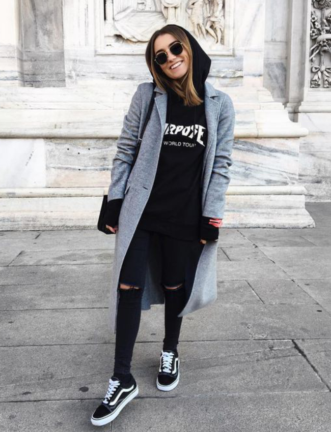 casual-outfit-sweatshirt-brunch